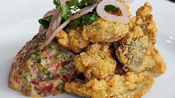 Beef tartare + crispy oysters at The Ordinary