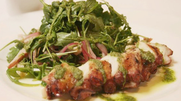 Chef Andrew Wilson reviews Wood grilled octopus at Bottega