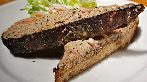Chef Joanne Weir reviews Chopped duck liver on toast at