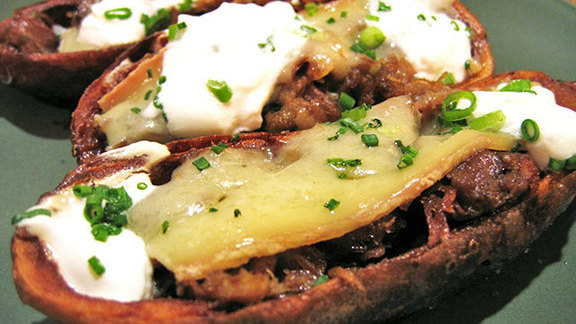 Chef Gene Giuffi reviews Duck confit potato skins at