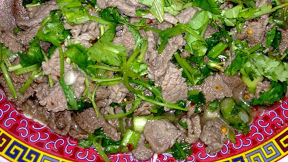 Chef Charles Clark reviews A2: Nam tok w/ beef at