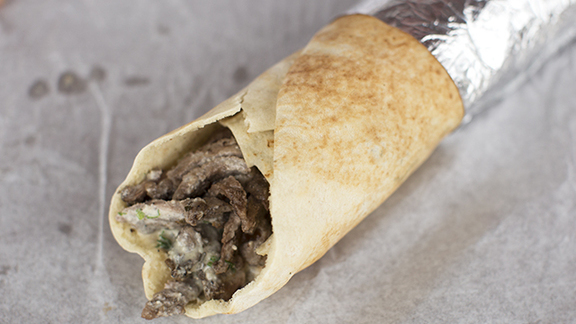 Chef Andrew Curren reviews Shawarma at