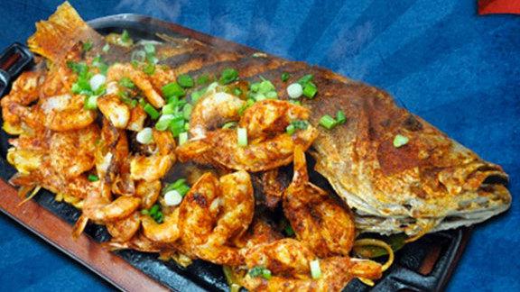 Snapper a la plancha at El tampico seafood