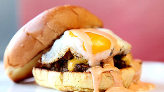 Chef Mike Isabella reviews Spike's Sunnyside burger at Good Stuff Eatery