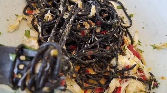 Chef Tony Mantuano reviews Tagliolini, crab, burrata and peperoncino at Spiaggia