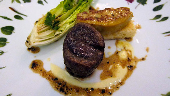 Chef Pascal Aussignac reviews Fillet of beef Rossini at