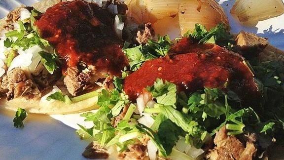 Tacos al pastor at Tacos Conin