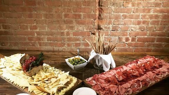Salumi e formaggi at Tarallucci e Vino