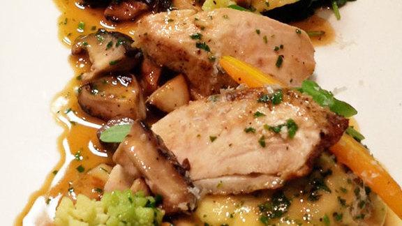 "Chef Brian Malarkey reviews Jidori chicken ""cordon bleu"" at"
