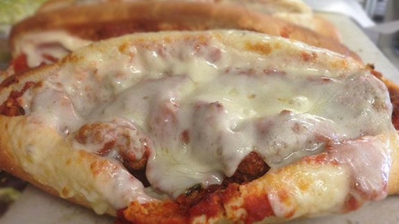 Chef Nathan Coulon reviews Meatball w/ cheese sandwich at