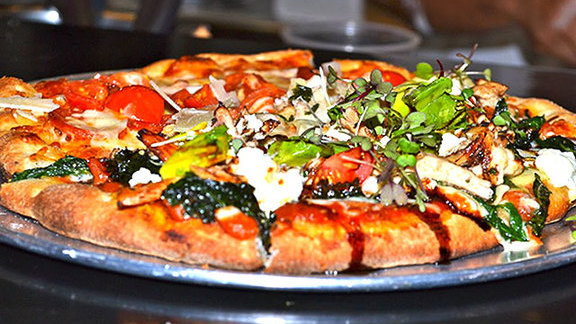 Chef Beverly Gannon reviews Personal trainer's choice pizza at