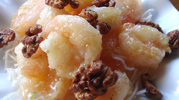 Chef George Mavro reviews Honey walnut shrimp  at