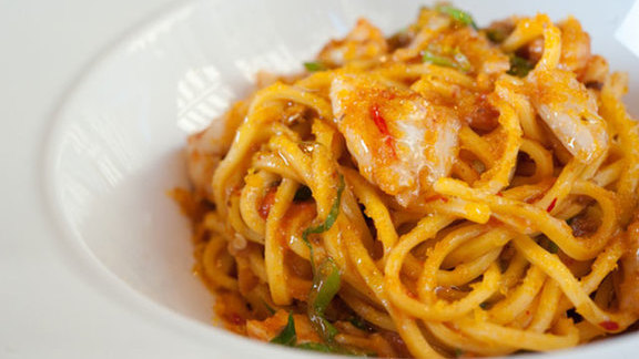 Chef Seamus Mullen reviews Pasta at