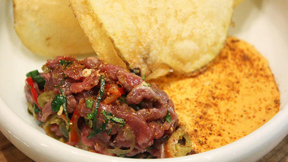 Chef David  Baeli reviews Steak tartare at