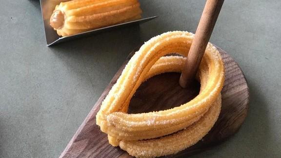 Xurro, fried churros at 180 Xurros & Xocolata