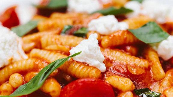 Chef Timon Balloo reviews Ricotta cavatelli at