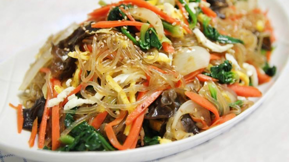 Chef Martin Weaver reviews Chap chae at