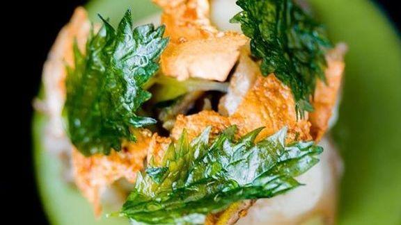 Chef David Barzelay reviews Abalone, spring onion, preserved meyer, potato skins, stinging nettle custard at Lazy Bear