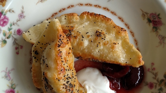 Chef Heidi Gibson reviews Pierogies at