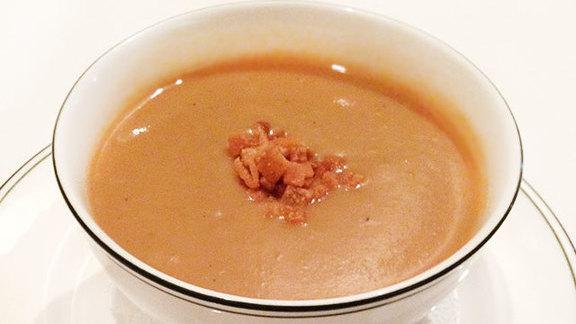 Chef David Slater reviews Cream of garlic soup at Bayona