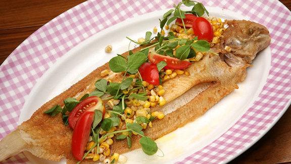 Chef Johnny Anderes reviews Whole fish at