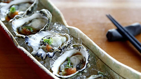 Chef Seth Caswell reviews Local Kumamoto oysters at