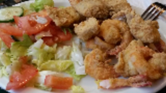 Chef BJ Dennis reviews Fry Seafood Friday at