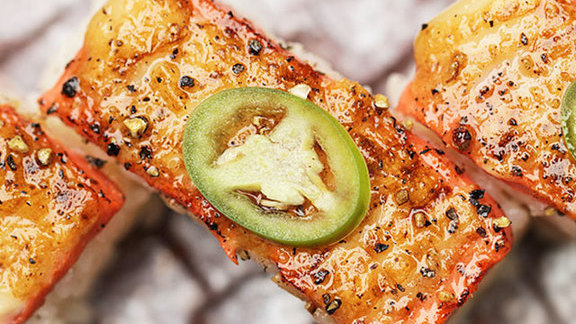 Chef David Hawksworth reviews Aburi salmon oshi sushi at