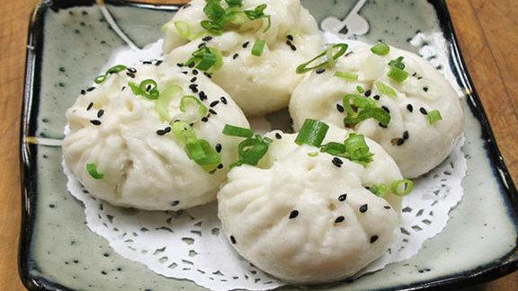 Dim sum at Dynasty Seafood Restaurant 皇朝海鮮酒家