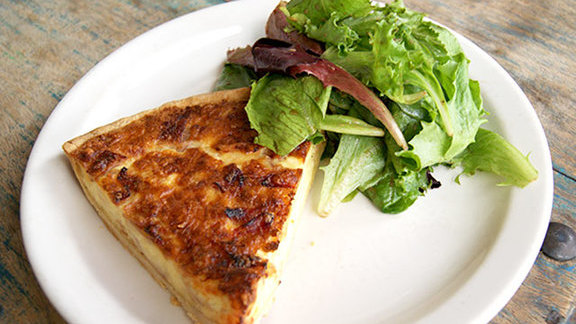 Chef Patrick Ponsaty reviews Quiche lorraine at