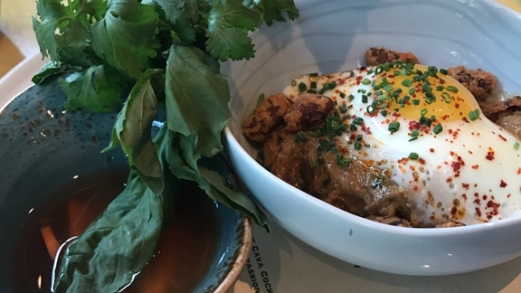 Chef Jason Goodenough reviews Lamb Roti with Harissa at Tableau Bar Bistro