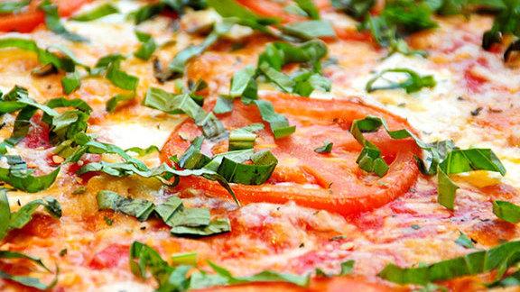 Chef Azita Bina-Seibel reviews Any slice at