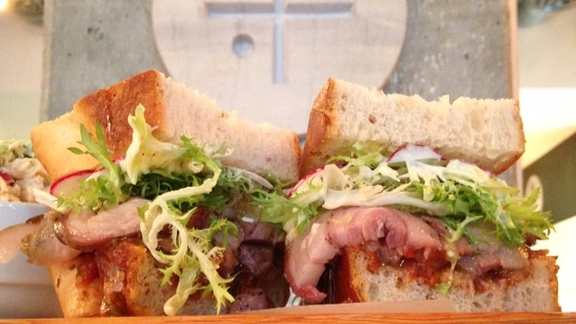Chef Tyrone  Welchinski reviews Lamb BLT at Diva at the Met