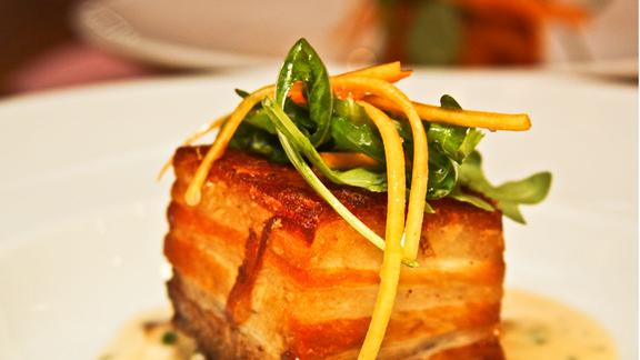 Chef Emma Cardarelli reviews Crispy pork belly at