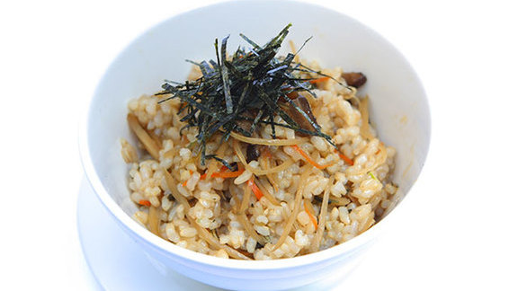 Chef Bruce Bromberg reviews Maze rice w/ salmon at