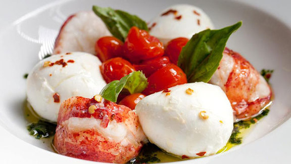 Chef Marianne Sundquist reviews Lobster caprese at