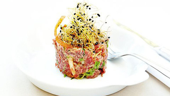 Tartare de boeuf at Tapeo