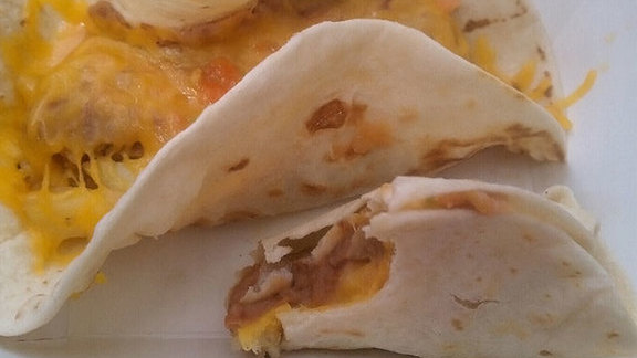 Chef Mat Clouser reviews Bean and cheese tacos with green sauce at