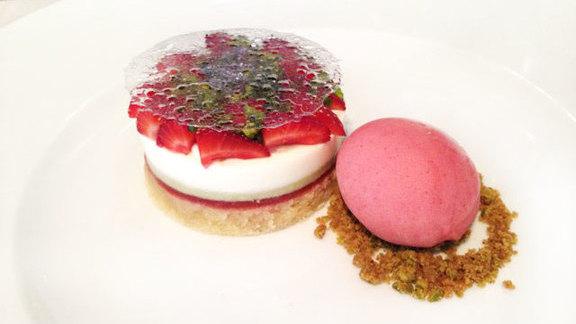 Chef Shaun Hergatt reviews Torta di olio at