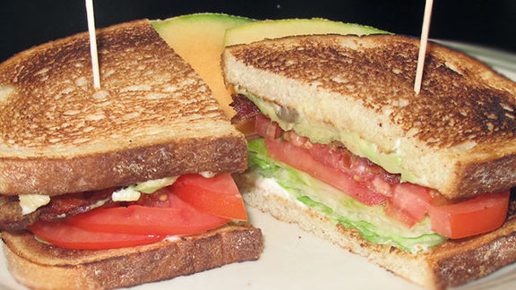 Chef Lora Kirk reviews BLAT sandwich at