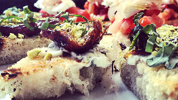 Chef Karen Krasne reviews Bruschetta datteri e pistacchio at