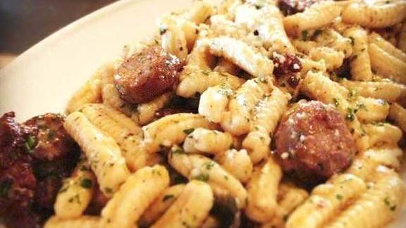 Chef Danny Bowien reviews Cavatelli at Frankies 457
