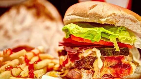Hamburger at Burger Joint
