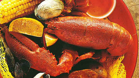 Chef Michael Schlow reviews Lobster in the rough, steamed at