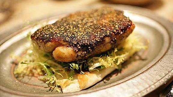 Chef Joshua Breen reviews Misty Knoll flattened lemon chicken at