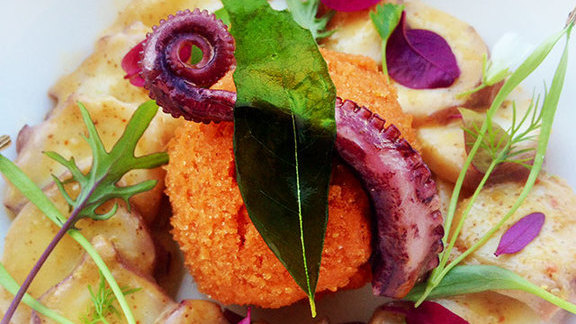 Chef Hiro Sone reviews Poached Portuguese octopus at 1601 Bar & Kitchen