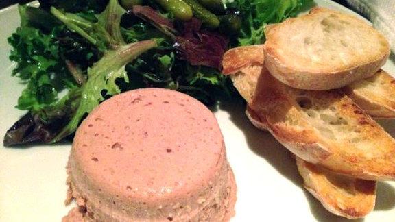 Mousse de foies de volaille at Petit Rouge