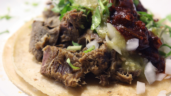 Chef Christopher Wilson reviews Lengua tacos at