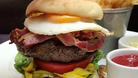 Chef Chris Jones reviews Burger with egg and bacon at Spruce
