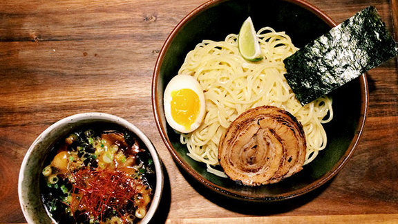 Chef Mat Clouser reviews Tsukemen at Ramen Tatsu-ya